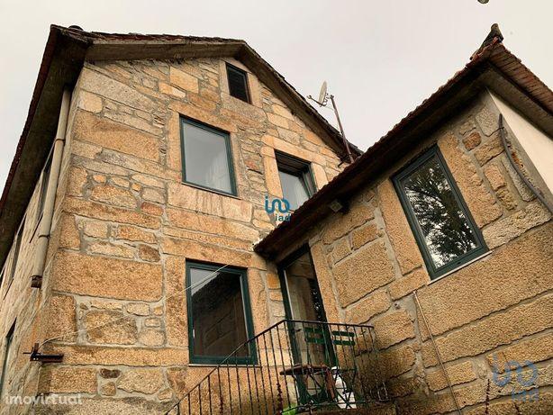 Moradia - 373 m² - T6