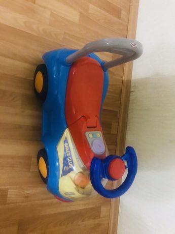 Машинка детская до трех лет