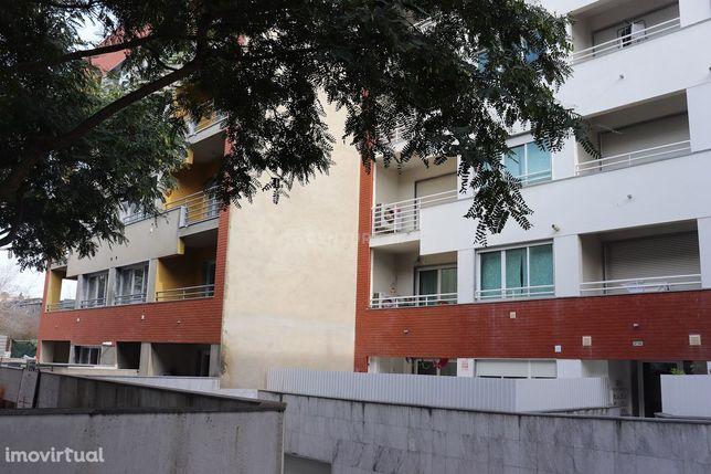 Arneiro – São Domingos de Rana - Cascais. Prédio Novo. Apartamento T3