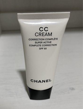 Chanel CC fluid Beige 10