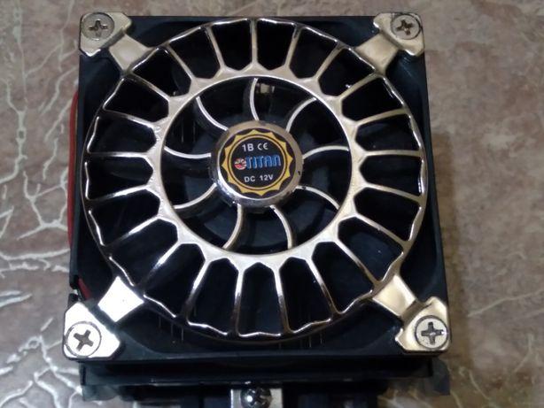 Вентилятор кулер с радиатором для процессора socket S775
