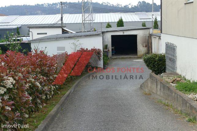 Garagem em Vila Nova de Famalicão.