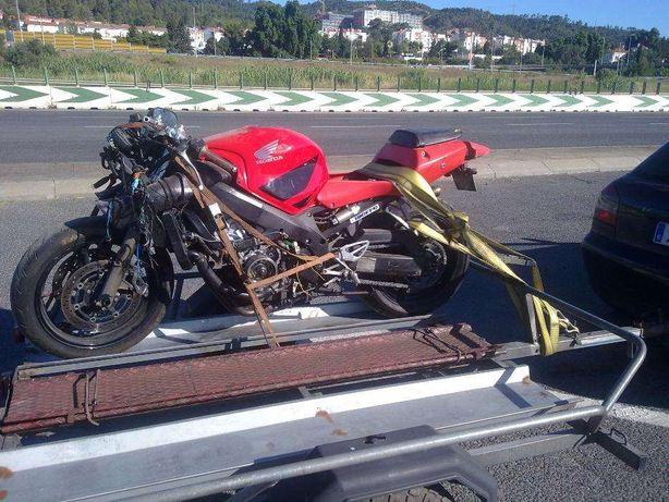 Motor Honda CBR 600 F4i (sport)