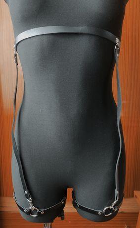 Pas dekoracyjny na ubranie, strój z eko skóry nowy