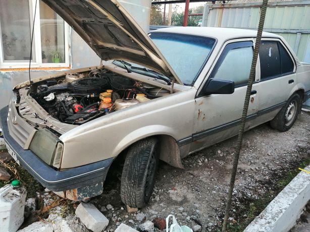 Opel askona 1987