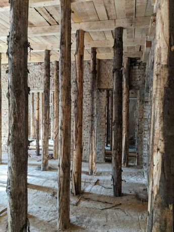 Опори дерев'янні для опалубки до залізобетонного перекриття