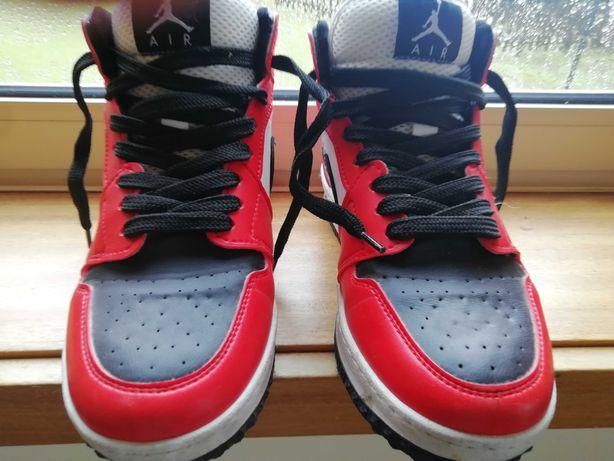 Sapatilhas Nike Jordan como novas Tam. 38