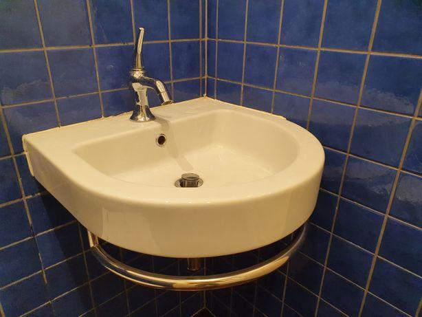 Umywalka z relingiem na ręcznik Catalano Zero Light Tondo biała 50cm