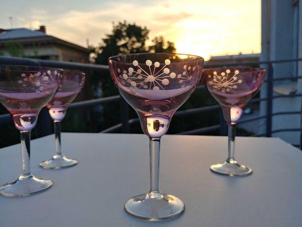 изысканный бокал тонкое стекло для красного и розового вина