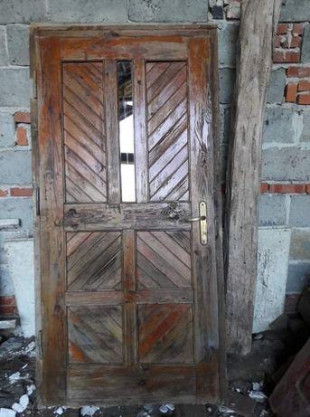 Drzwi na budowe .