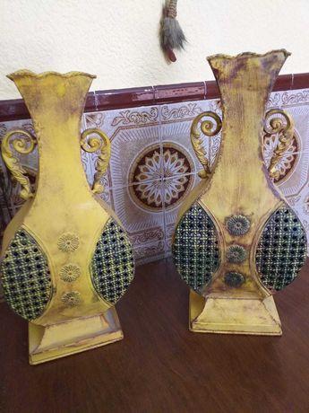 2 jarroes de latao antigos