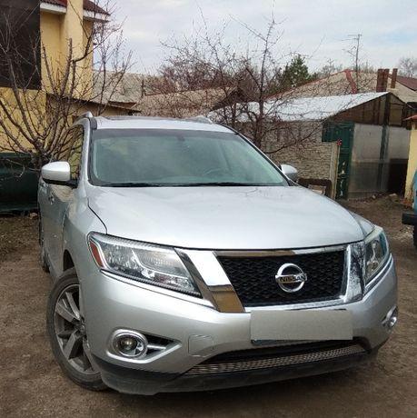 Продам машину Nissan Pathfinder Platinum