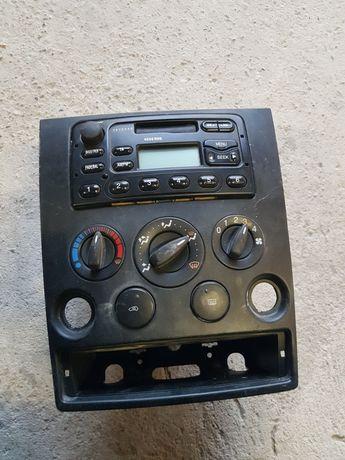 Radio ford connekt panel ramka nawiewy