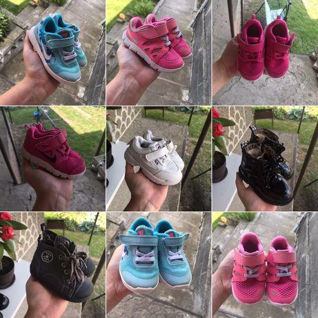 Взуття nike, кроссовки, осень лето