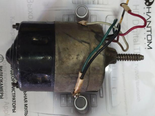 Мотор редуктора стеклоочистителя М3227-Б