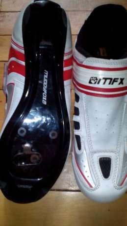 Muddyfox кросівки шосейні 6 (39.5) розмір
