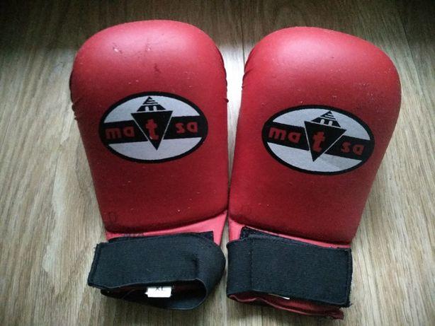 Продам перчатки для каратэ Matsa