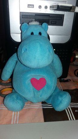 голубой бегемотик с сердцем