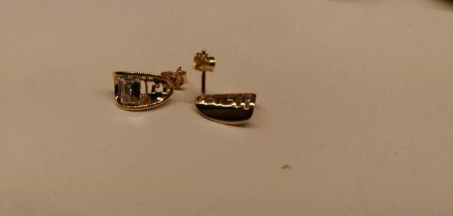 złote kolczyki z prostokątnym kamieniem próba 585 cuda