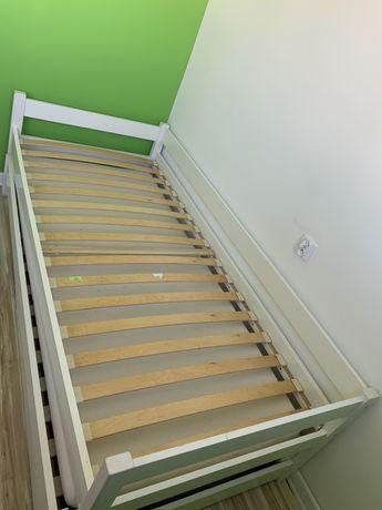 Łóżko rozkladane 1-2 osobowe, szuflady, 2 materace.