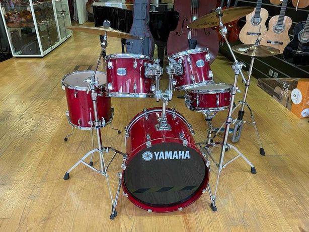Bateria acústica Yamaha nova