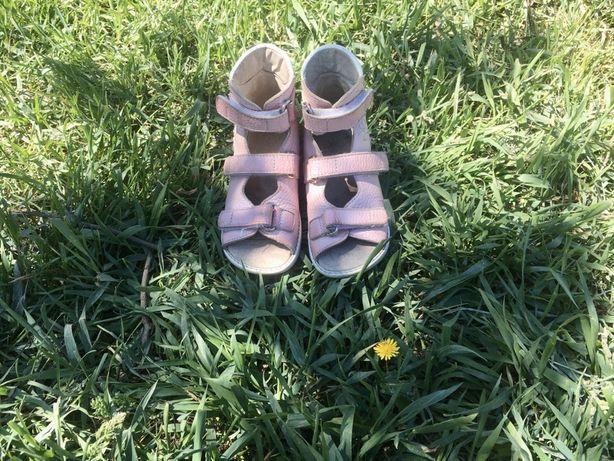 Ортопедические босоножки / сандали ортопедические туфли