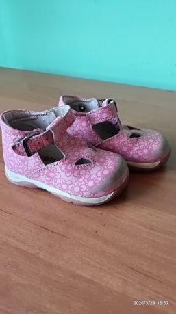 Шкіряні туфлі /босоніжки /розмір19