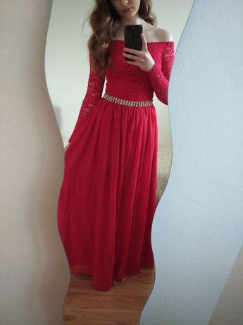 Czerwona koronkowa długa sukienka maxi odkryte ramiona