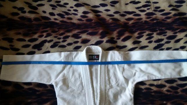 Продам куртку для занятий дзюдо