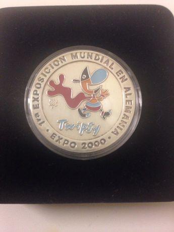 Монета серебро 999 с эмалью 10 pesos Cuba нумизматика