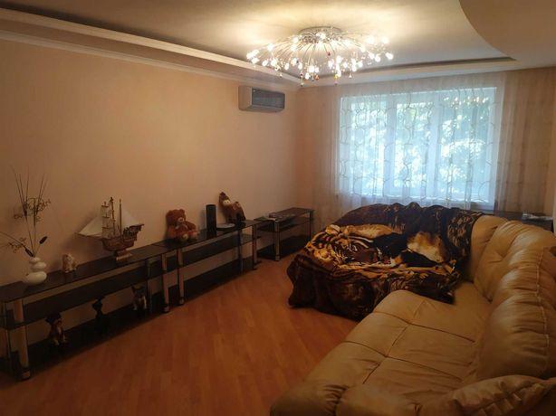 Продам 3-х комнатную квартиру на кв. Героев Сталинграда