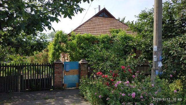 Продам дом в центрально-городском р-н, ул. Владимира Винниченко.