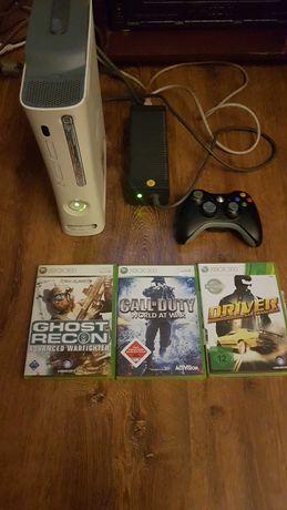 Konsola Xbox 360 +3 gry