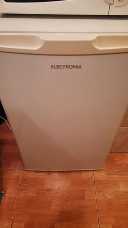 Frigobar frigorífico Electronia em ótimo estado