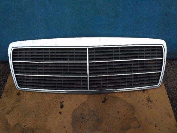 Решотка радиатора мерседес 210 Mercedes-Benz W210 до ресталинга