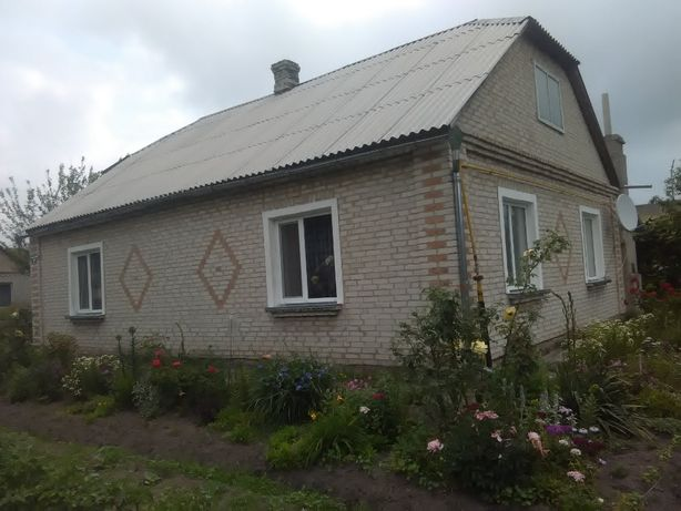 Продається житловий будинок у с.Велика Глуша Любешівського району