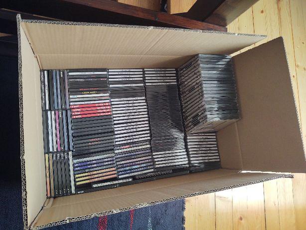 Pudło opakowań na płyty CD/DVD