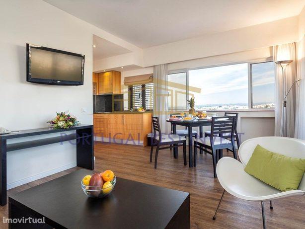 Apartamento T1 na Torralta vista mar