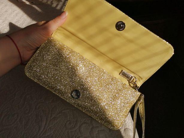 Модный женский золотой клатч