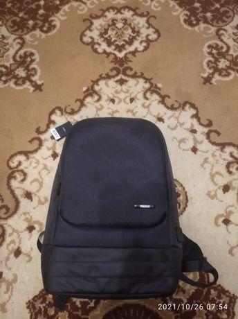 Новий рюкзак..Фірма..