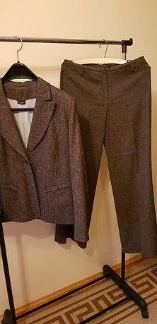 kostium żakiet ze spodniami