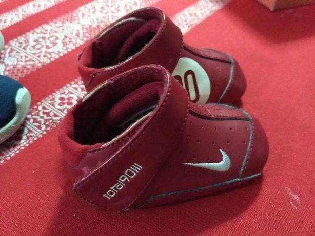 Sapatilhas Nike tamanho 17
