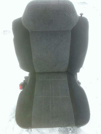 Siedzenie tylnie fotel suzuki vitara 1 krótki
