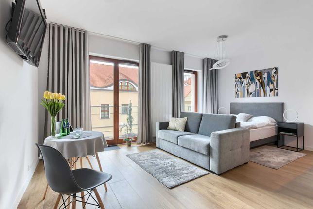 Apartamenty mieszkania pokoje na doby Poznań 1 min od Starego Rynku