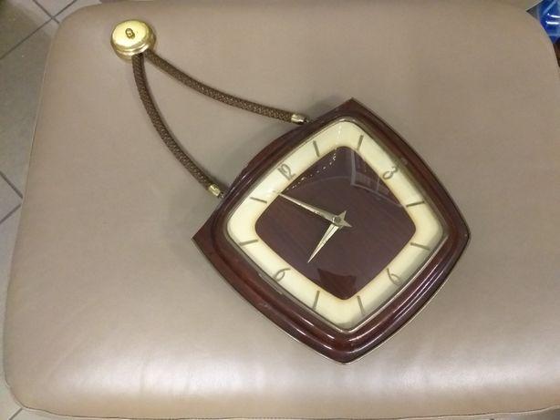 Zegar mechaniczny wiszący na sznurze Zentra Bayer Uhren Seit 1842