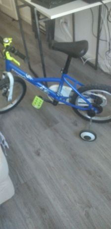 Vende se bicicleta aro 16