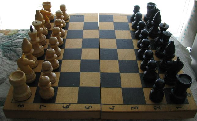 Настольная игра Шахматы мини Дерево СССР в коробке