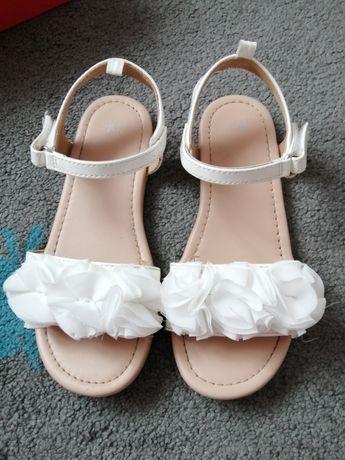 Buty sandałki Reserved 32