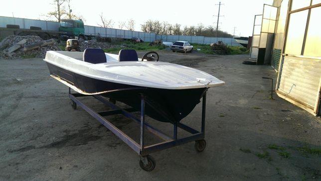 Лодка Казанка 5 М-2