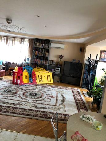 Продам 4-х комнатную 116/43/52 кв.м. с авторским ремонтом